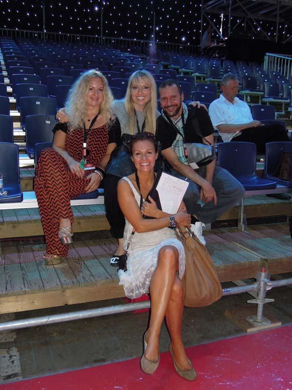 Miss+Swistzerland+2011+with+designers