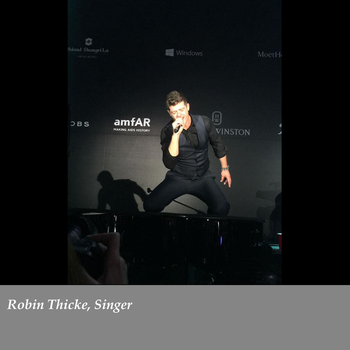 Robin-Thicke-Singer-2